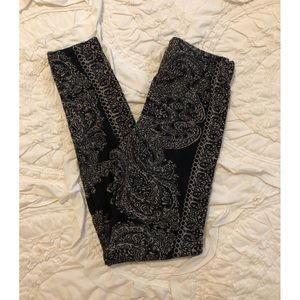 Free People Sweater Legging in Black Paisley - XS